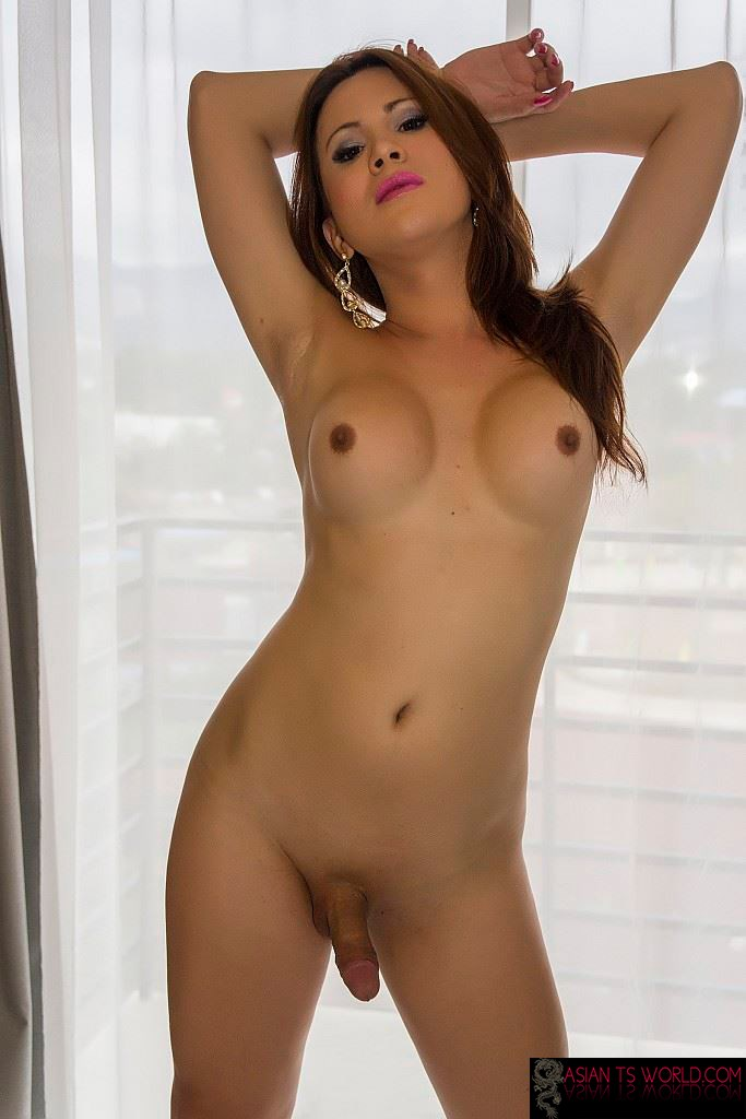 Naked Asian Shemale