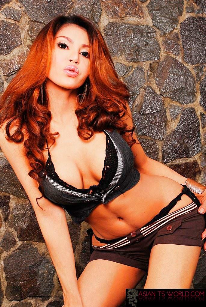 Beautiful Redhead Tranny